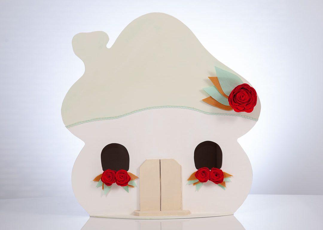Latrakia -dollhouse